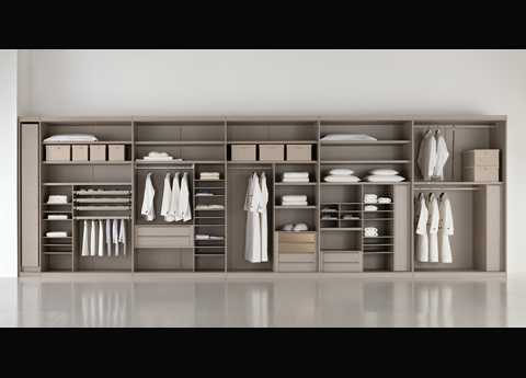 Bimax Wardrobe Layout