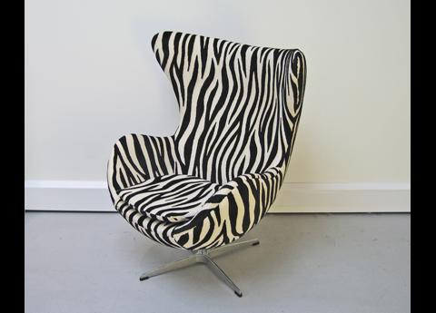 Arne Jacobsen Egg Chair in Zebra Fabric