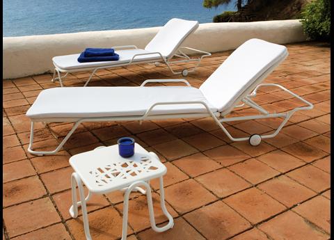Nautic sun loungers
