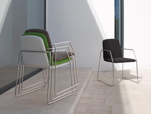 Manutti Loop chair