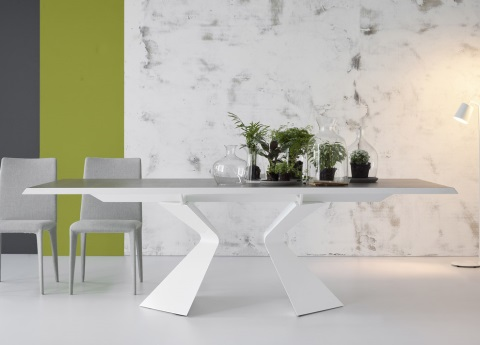Prora dining table from Bonaldo