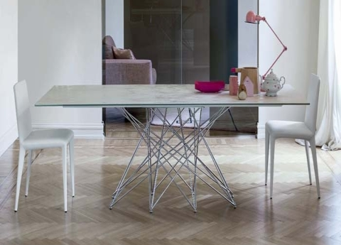 The Octa dining table