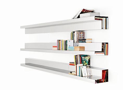 Doppia Fila shelves