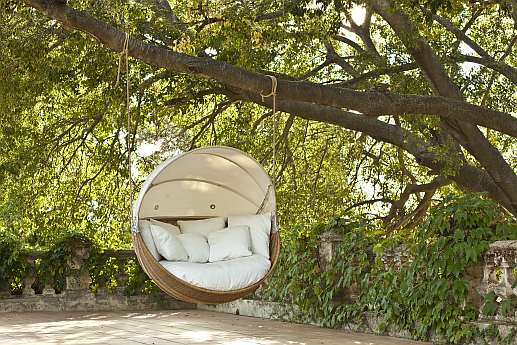 Point Armadillo Garden Swing Sofa