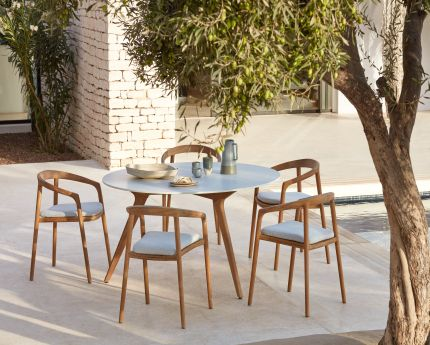 Manutti Chairs & Torsa Dining table