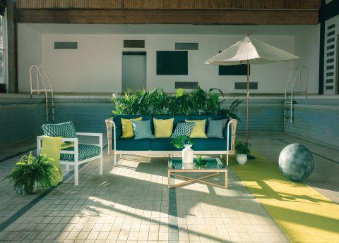 Point Weave Garden Sofa