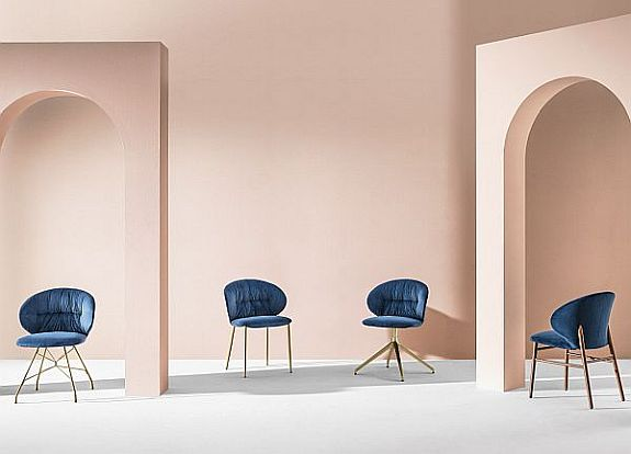 Bontempi Drop Dining Chair with the full range of bases