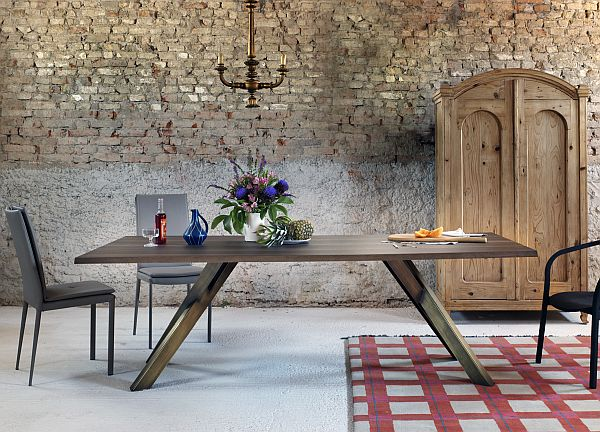 Top Dining Tables _ Miniforms Gustave