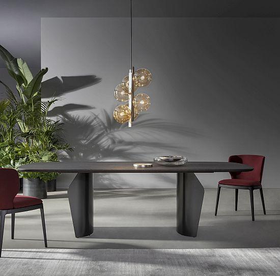 Salone del Mobile - Bonaldo Flame table