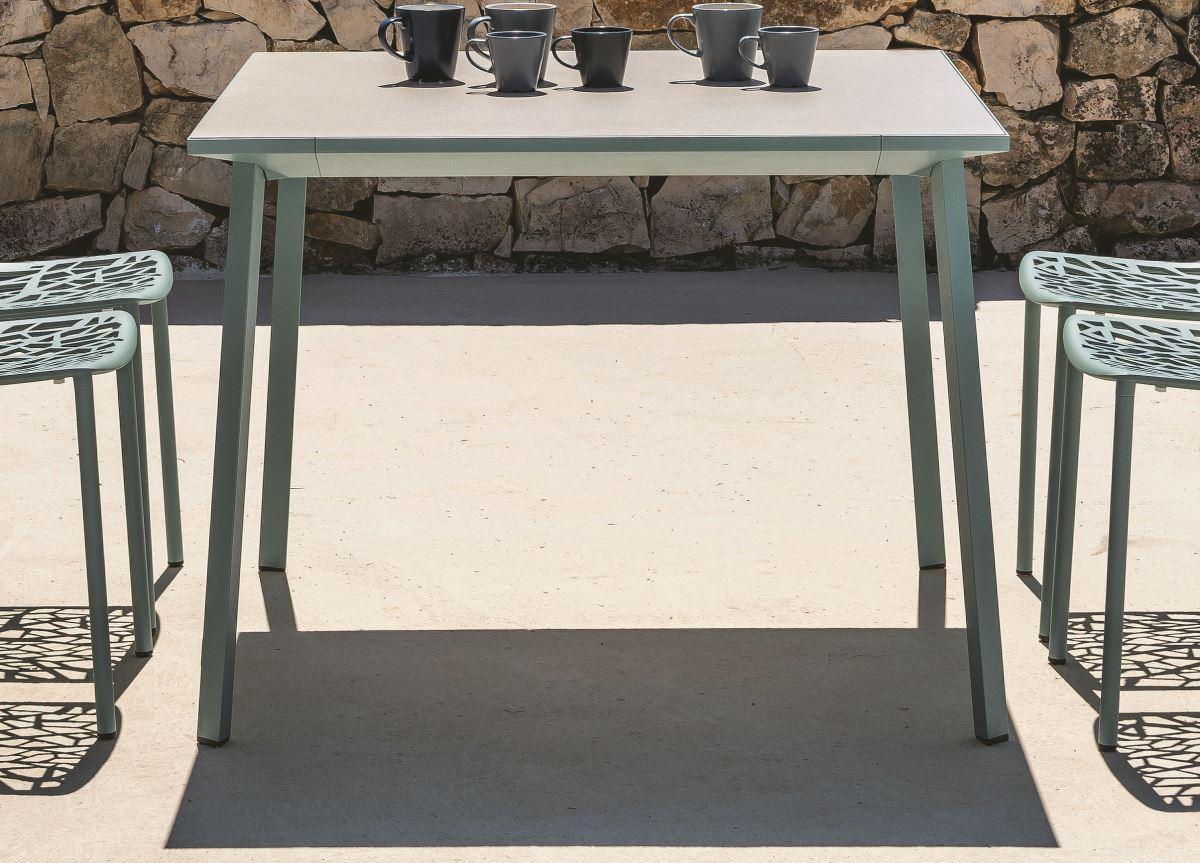 Go Modern Ltd > Garden Tables > Tile Square Garden Table ...