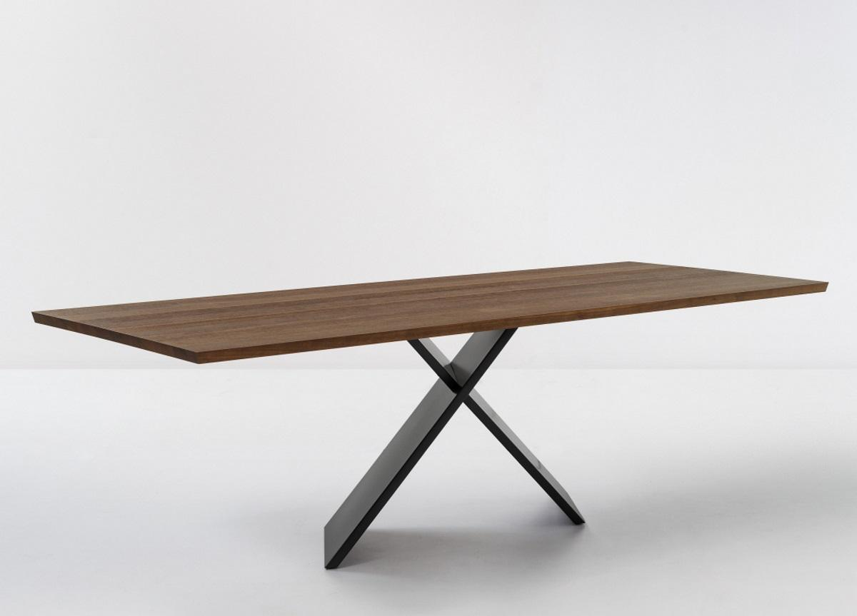 Bonaldo Ax Dining Table (Large)