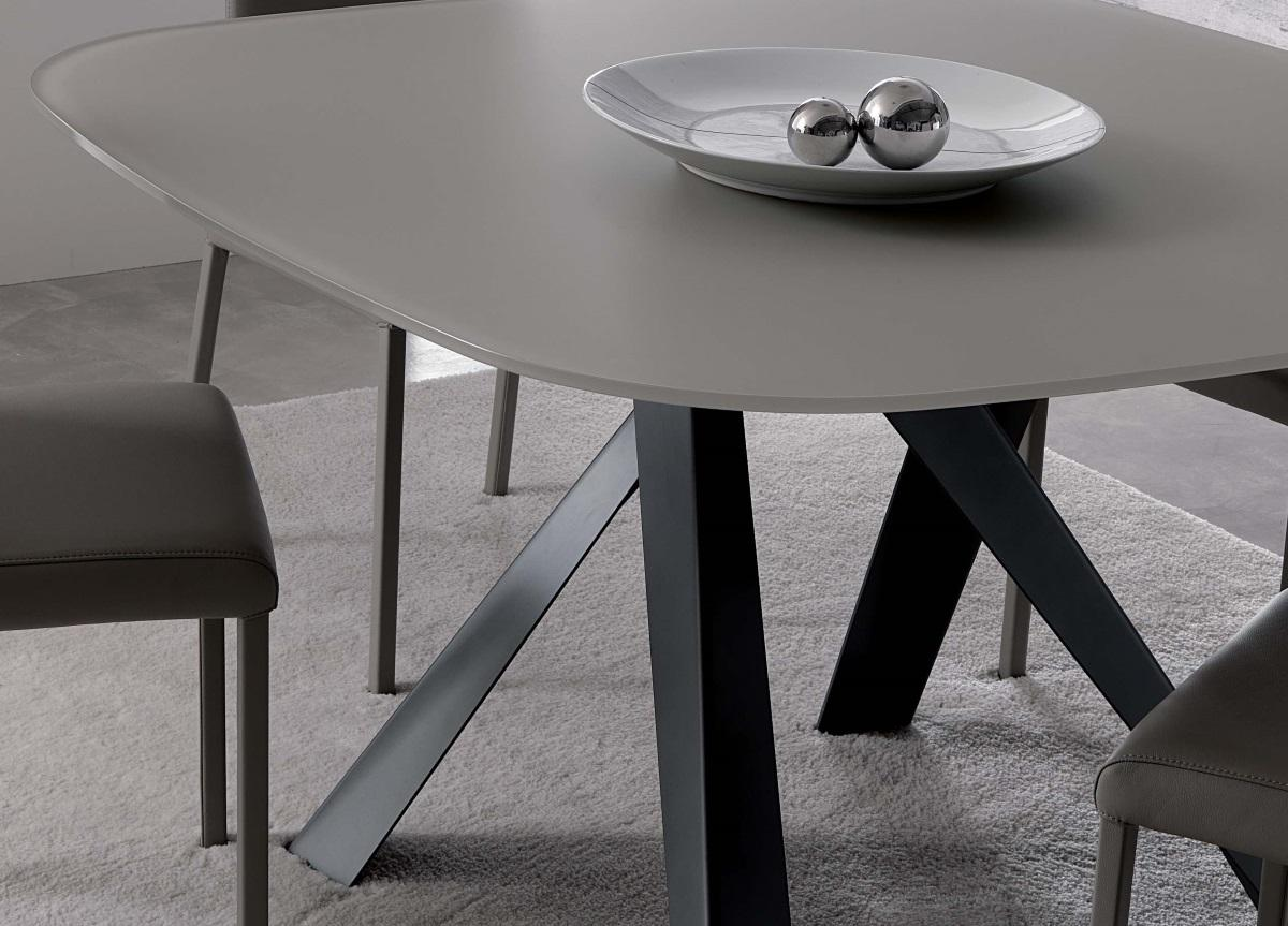Ozzio Bombo Dining Table