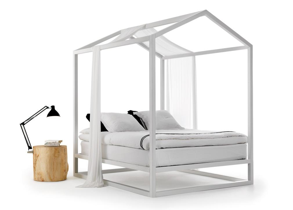 Mogg Casetta In Canada Four Poster Bed