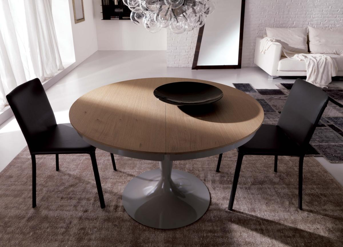 Ozzio Eclipse Extending Dining Table in Wood