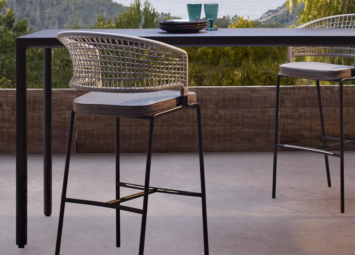 Tribu Illum Garden Bar Table