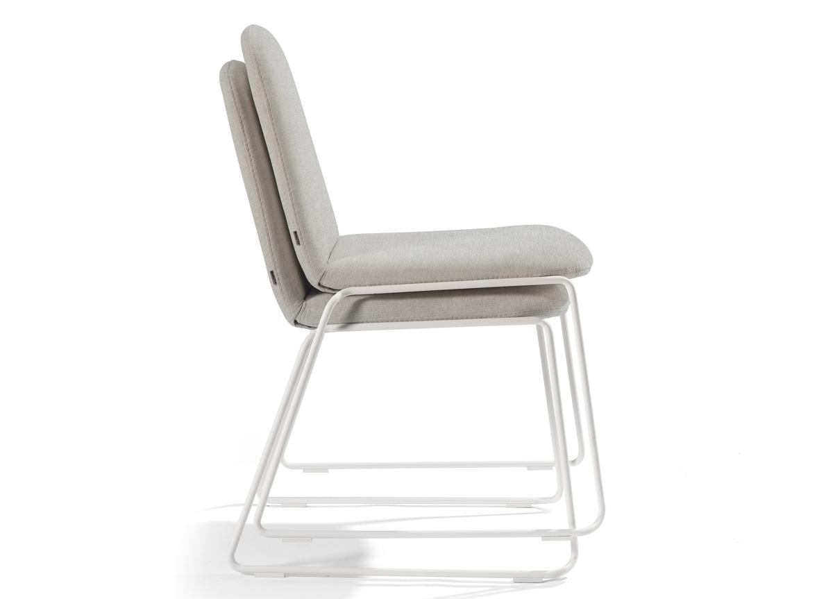 Manutti Loop Garden Chair