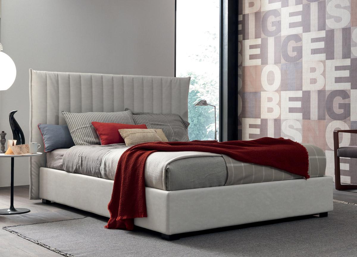 Marylin Upholstered Bed