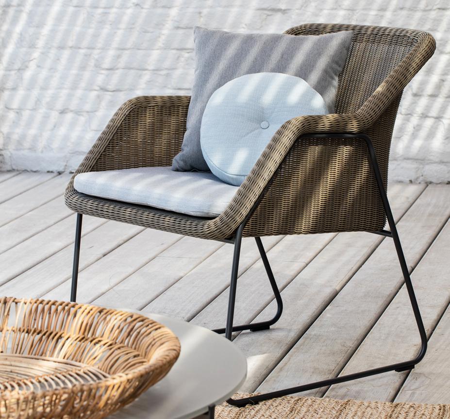 Manutti Mood Garden Lounge Chair