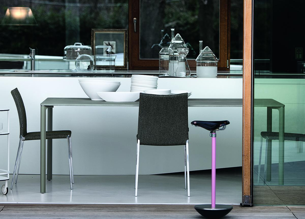 Zanotta Spillo Dining Table