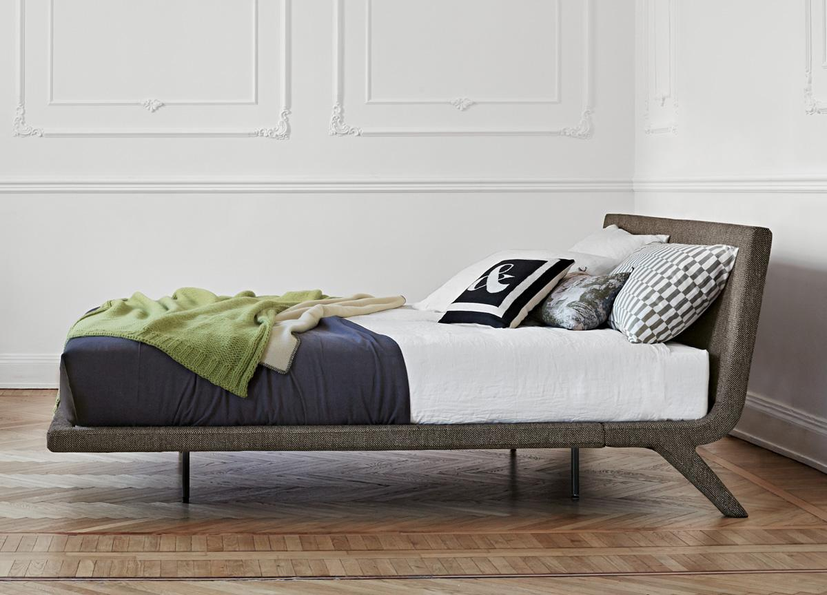 Bonaldo Stealth Bed