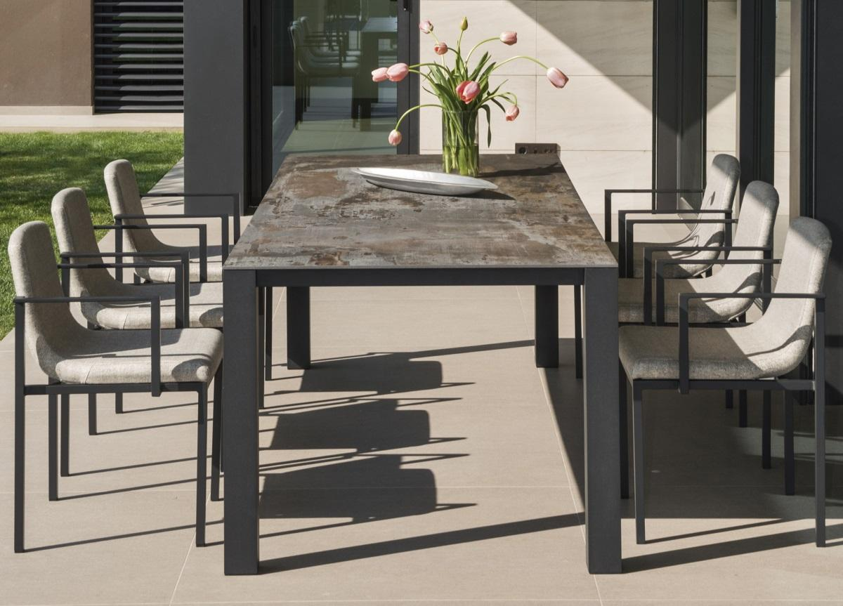 Ten Garden Table