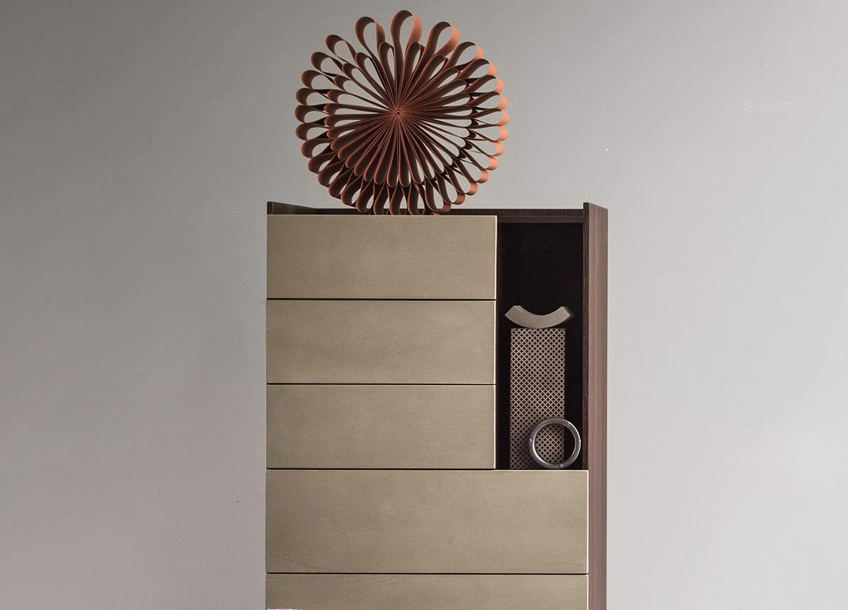 Lema Tip Tall Chest of Drawers