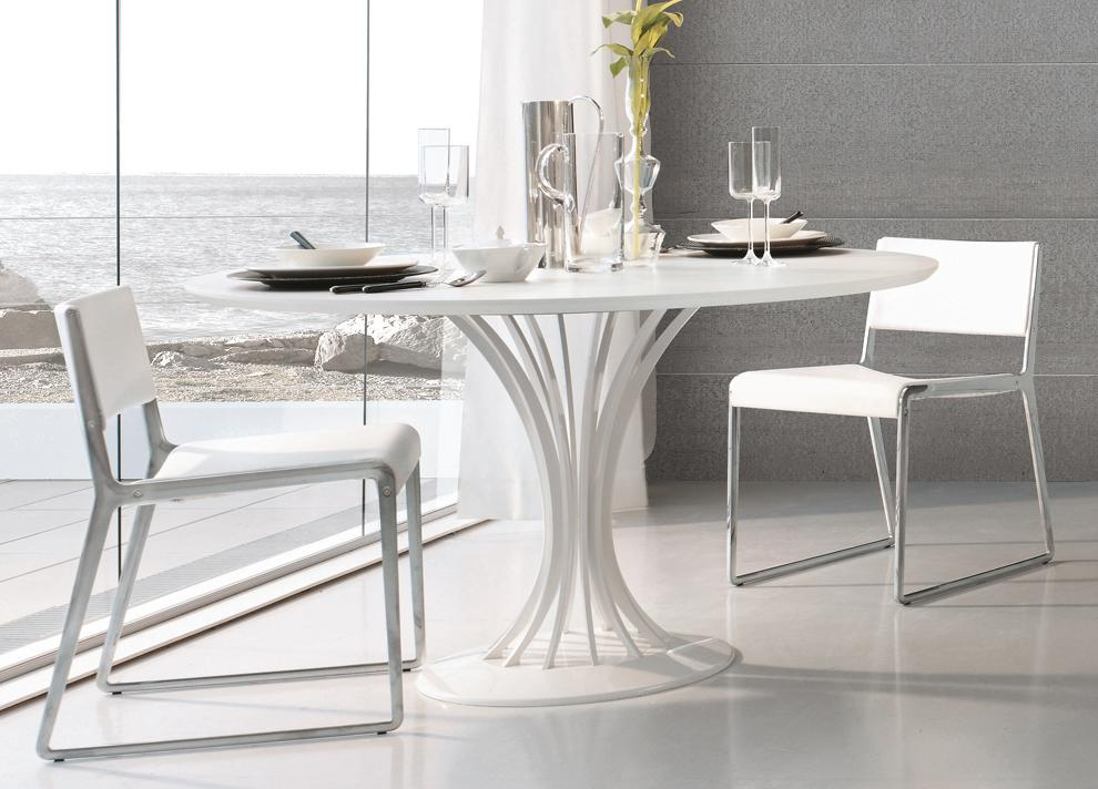Alivar Wing Dining Chair
