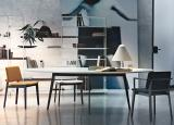 Lema Jump Oval Dining Table