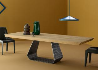 Bonaldo Amond Dining Table