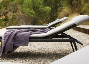 Tribu Branch Sun Lounger