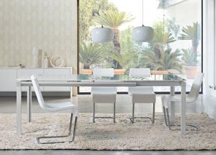 Bonaldo Chat Single Leaf Extending Dining Table
