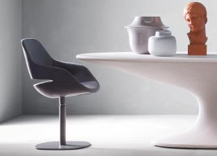 Zanotta Eva Swivel Dining Chair