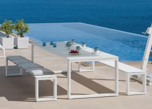 Manutti Fuse Garden Table