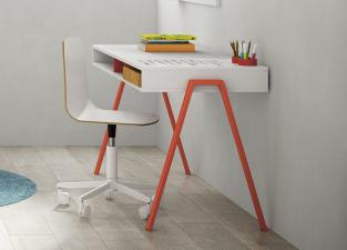 Battistella Graphic Rewritable Children's Desk