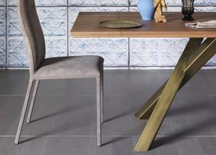 Miniforms Gustave Extending Dining Table