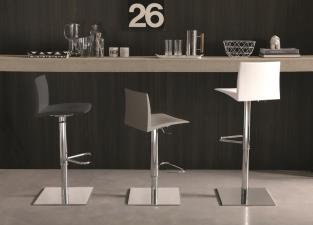 Ozzio Jungle Bar Stool