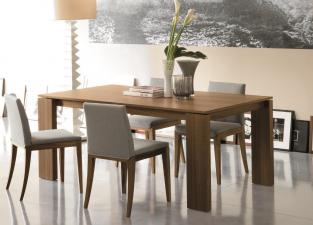 Porada Kevin Dining Table