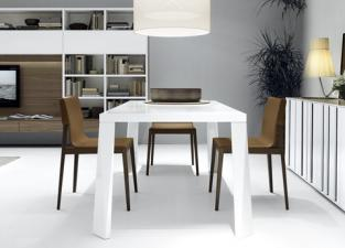 Jesse Lyl Dining Chair