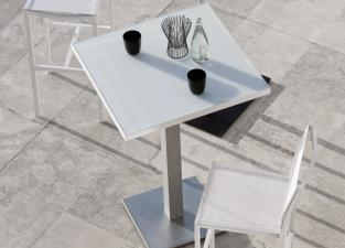 Manutti Napoli Garden Bar Table - With Border