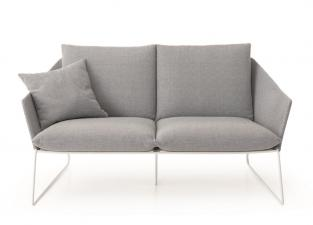 Saba New York Garden Sofa