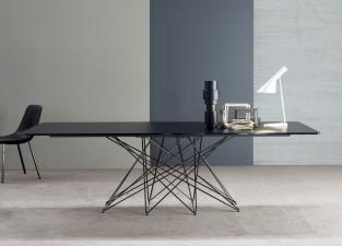 Bonaldo Octa Dining Table
