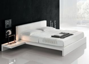 Alivar Plaza Bed