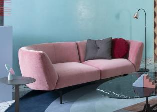 Saba Rendez-Vous Small Curved Sofa