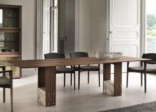 Porada Shani Dining Table