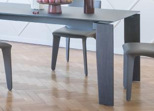 Bonaldo Truly Extending Dining Table