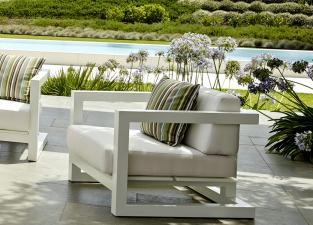 Weekend Garden Armchair
